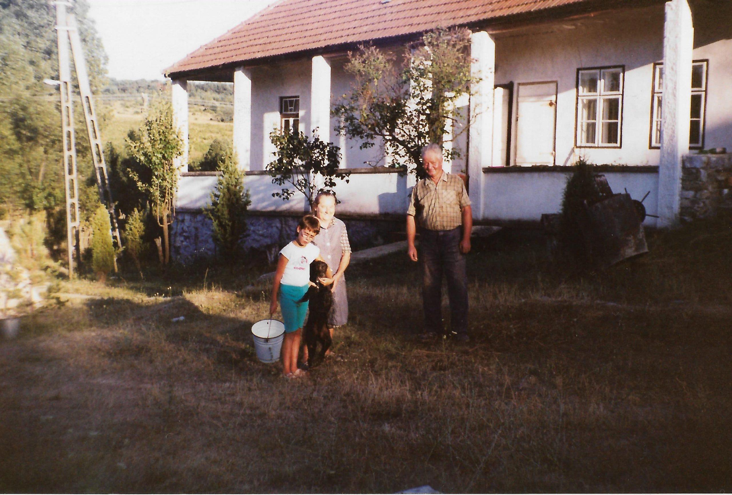 Marika néniékkel